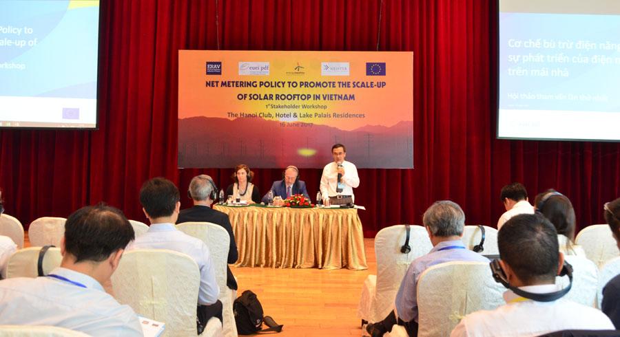 Cục Điều tiết Điện lực tổ chức tham vấn về chính sách bù trừ điện năng cho điện mặt trời lắp mái